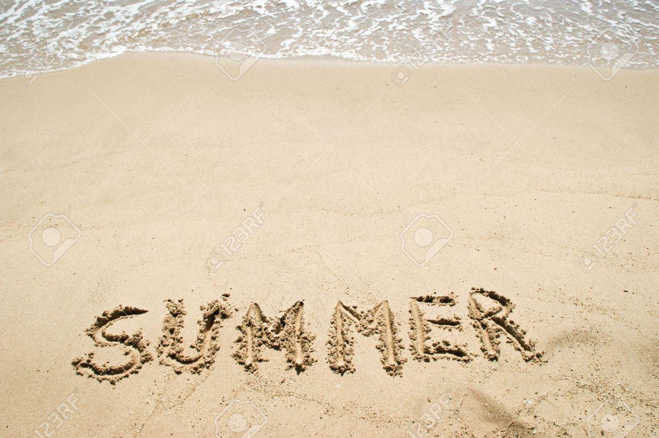 8524888-Parola-di-estate-e-il-sole-sulla-spiaggia-Archivio-Fotografico